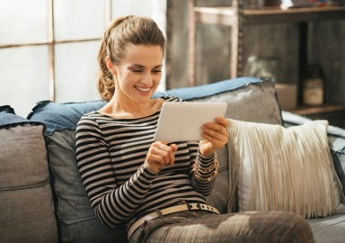 Women_at_home_with_iPad.jpeg