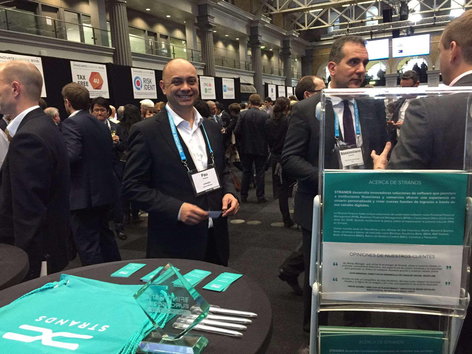 finovate_europe_2016_-_pau_stand.jpg