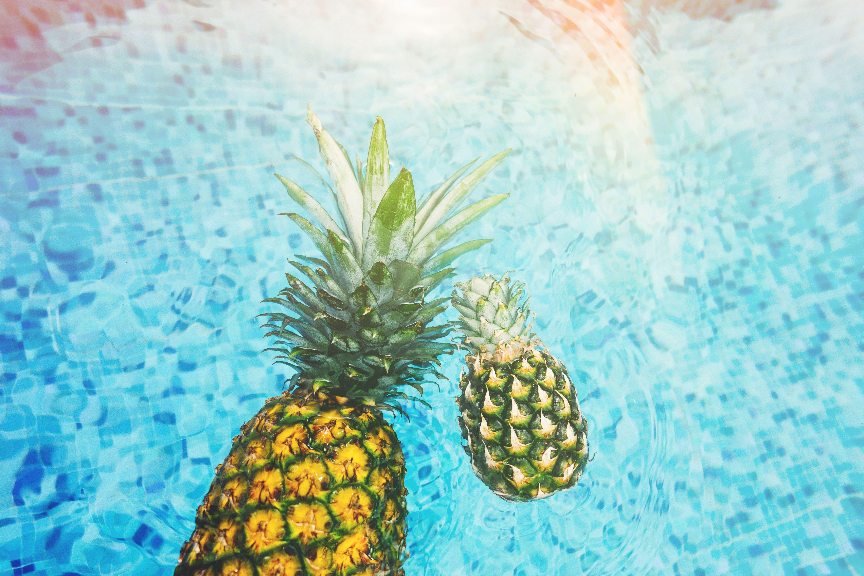 summer_pineapples-min.jpeg